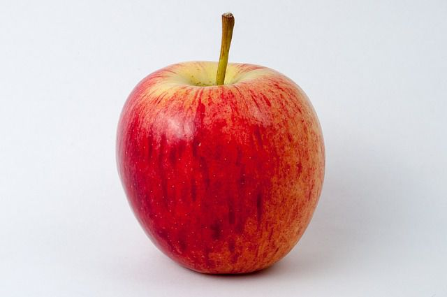 apple - things that are red