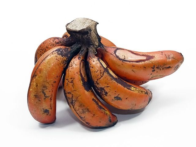 red banana - things that are red