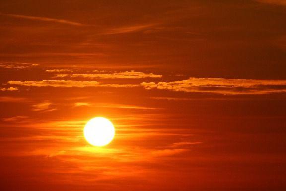 sun things that are orange